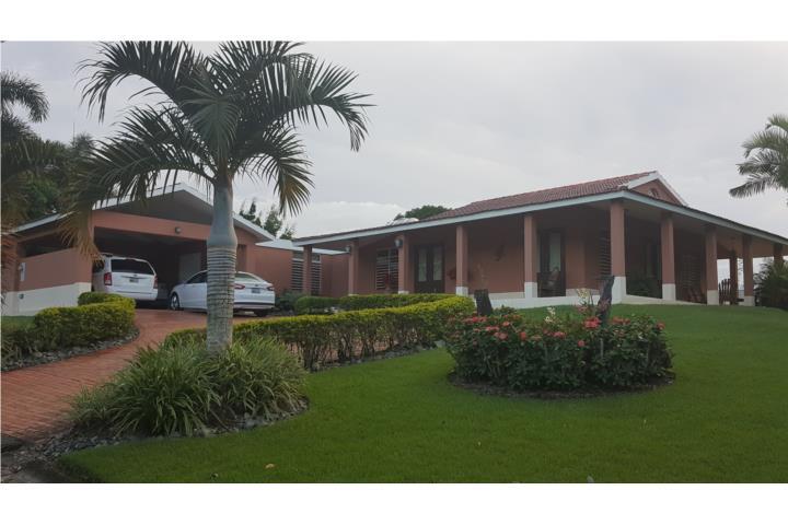PRECIOSA RESIDENCIA. 4H, 2.5B, 359000, en Gurabo Puerto Rico Casa en Urbanizacion-Sabanera Del Rio de 4 Cuartos y 2 1/2 Baños