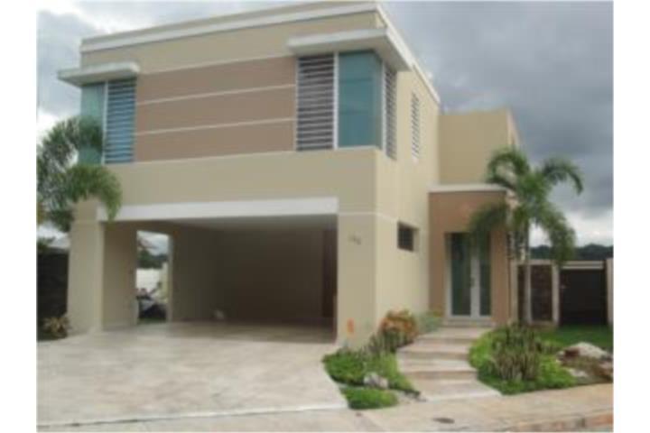 Espaciosa residencia en Vega Serena, en Vega Baja